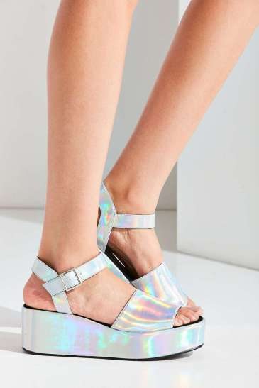 holographic-sandals-kamea-morgan-urban-outfitters