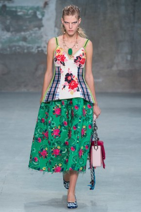 Totally Drooling Over This Floral Skirt From Marni's Spring 2018 Collection
