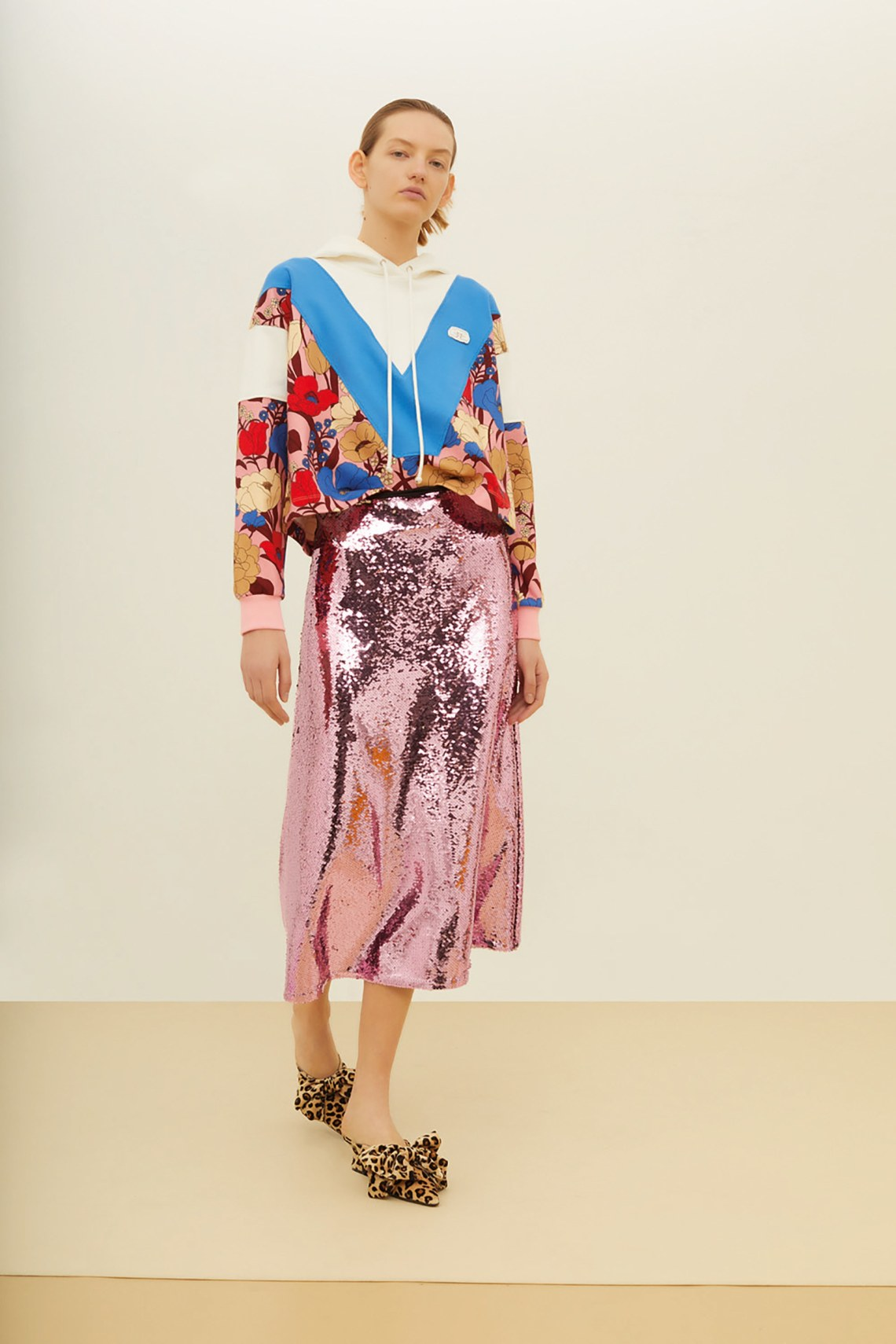11-Vivetta-Pre-Fall-2018- how to style a sequin skirt.jpg