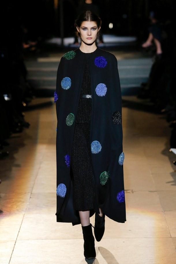 carolina herrera- fall 2018 ready to wear collection- novelty printed coat