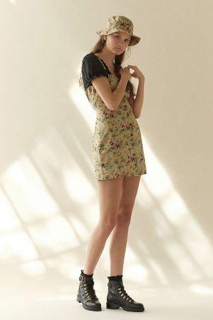 laura ashley button dress-laura ashley floral dress