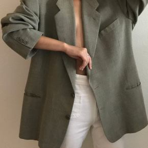 Oversized Blazers And A Few Shops That Are Selling Them Right Now
